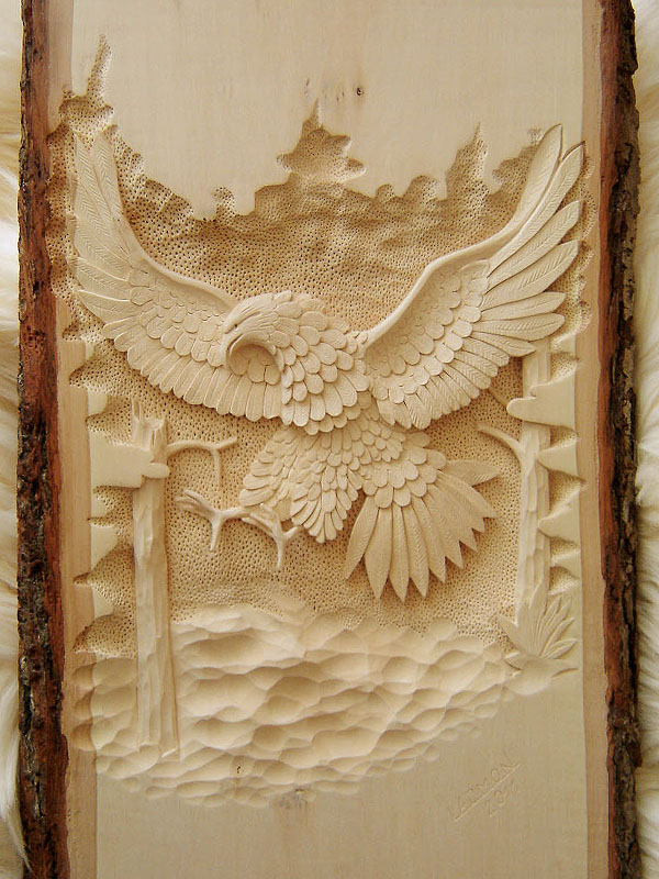 vyrezávaný orol, drevorezba